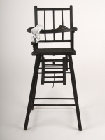 5_2011_high-chair-
