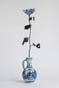 10_porcelain flower in porcelain vase